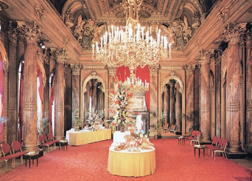 HOTEL INTER CONTINENTAL SALON AIGLON.jpg